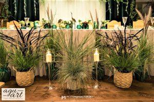dekoracja ślubna Stołu prezydialnego w sali weselnej Leśnej Karczmy Faltomu